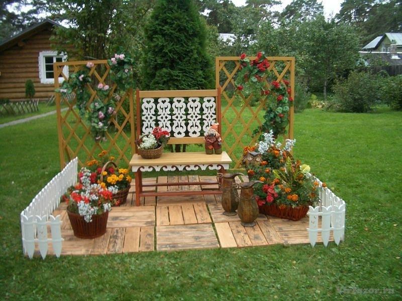 Как украсить перед двором частного дома своими руками